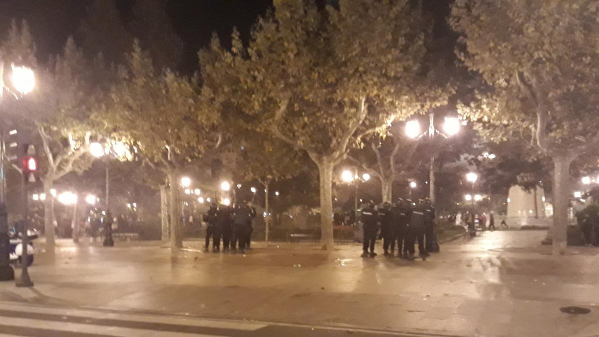 Los detenidos con ropa de Lacoste la noche del 31 de octubre aseguran que se la encontraron en la calle