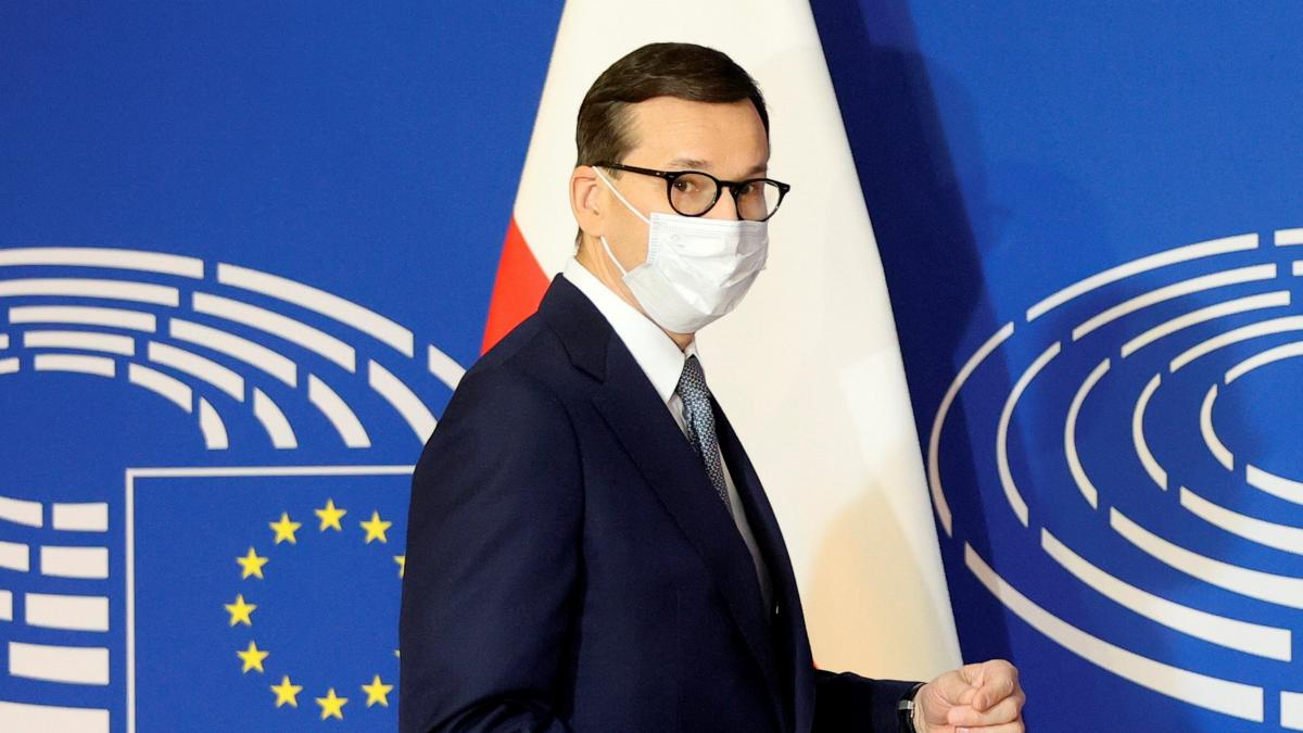 Las tres vías que tiene la Comisión Europea para responder a Polonia: desde el TJUE a dejarle sin vo ...