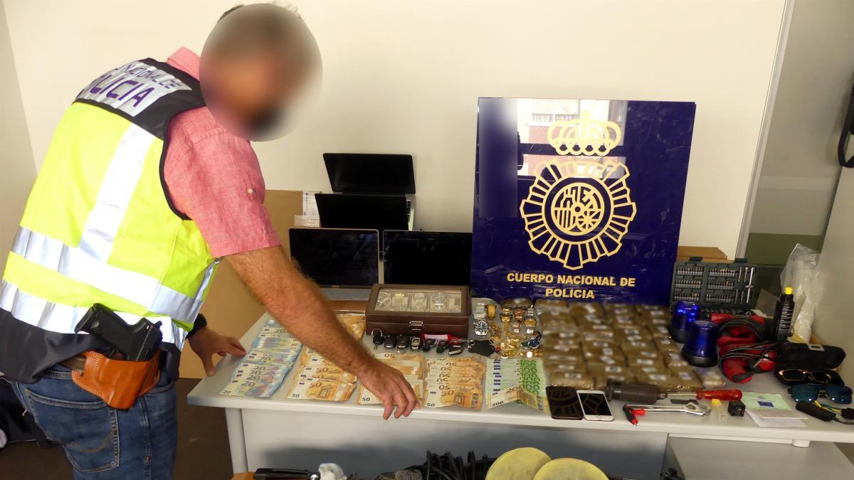 Sucesos.- Cae una banda especializada en robos violentos en viviendas y tráfico de drogas en Alicante y Dénia