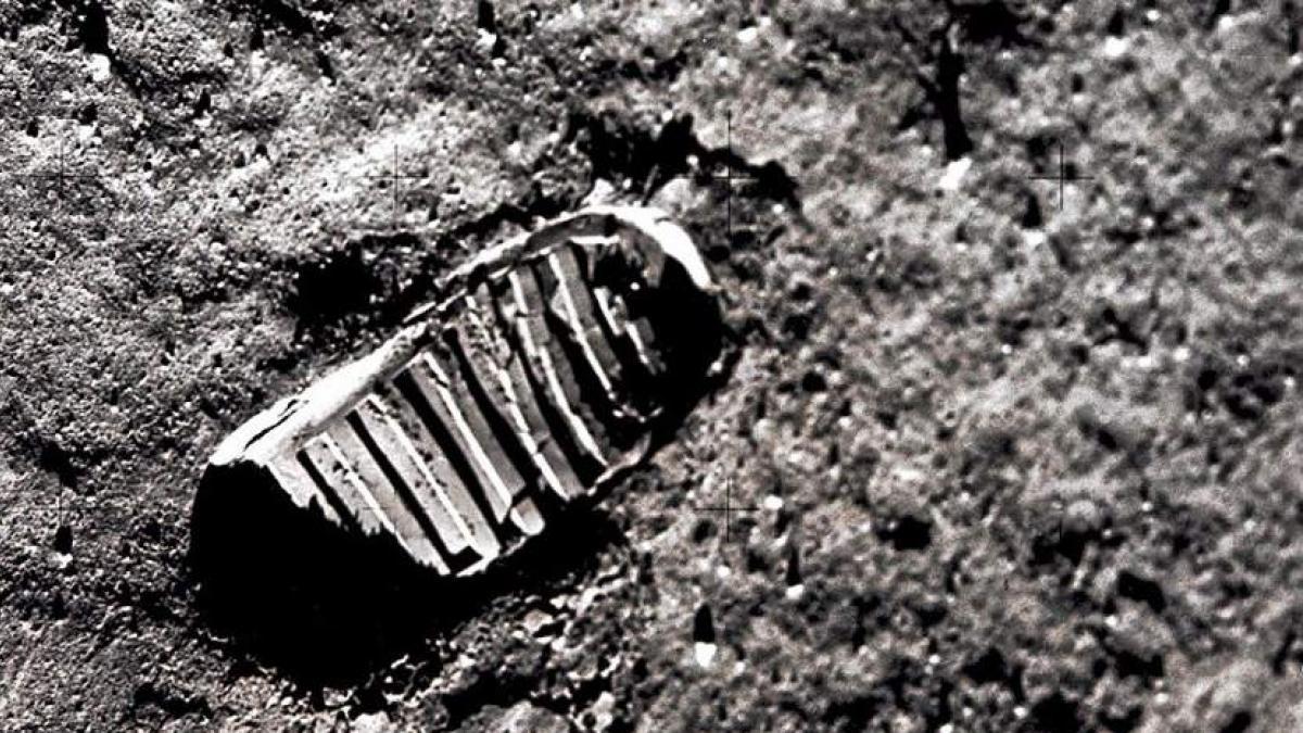 Vídeo: Neil Armstrong, el hombre que paseó por la Luna