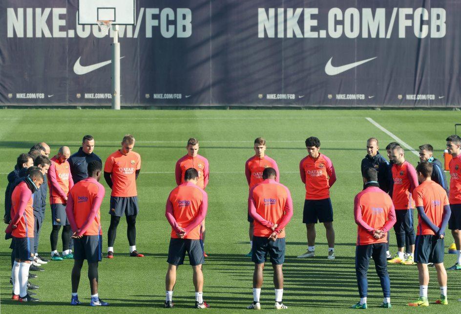 Nike Futbol Ilumina el Juego. (XL)