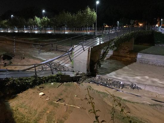 Directo | Tres heridos, carreteras y vías de tren cortadas y 3.100 llamadas a Emergencias por la DAN ...